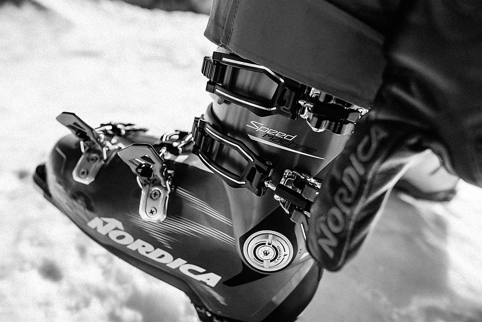80dedfd8f2c Race skischoenen Flex ver boven 100 (wedstrijdskiërs gebruiken soms wel een  flex van 190)